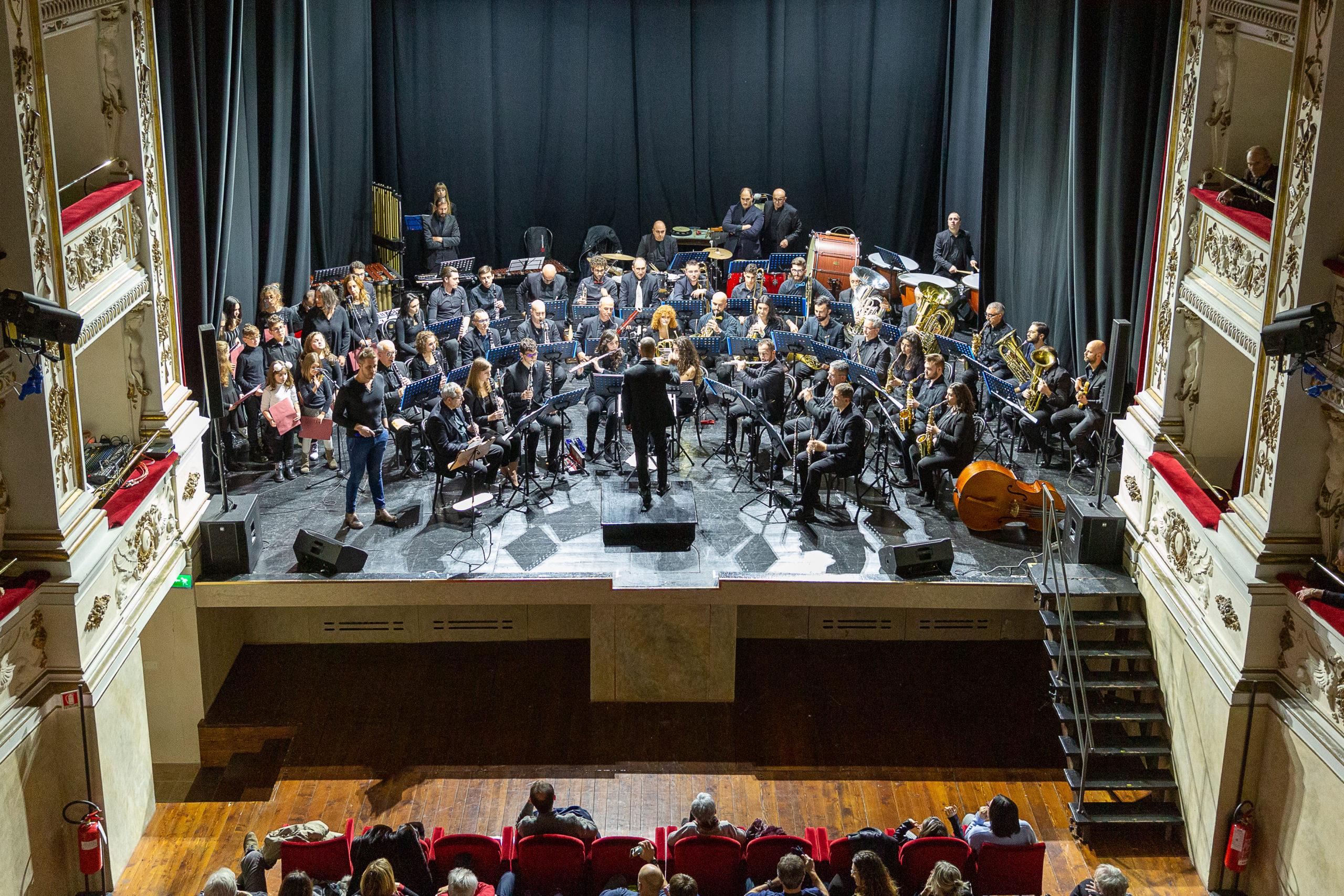 Concerto-di-Natale-Banda-Alaleona-Foto-di-Marco-Rapazzetti-1-scaled