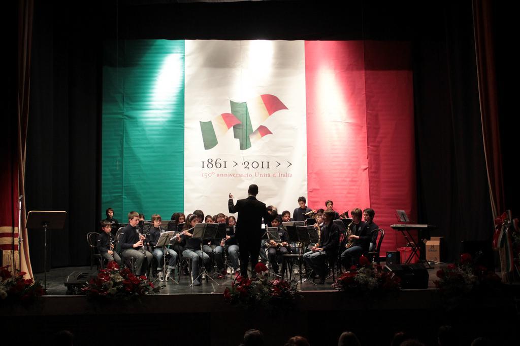 Maestro Gianluca Sartori e Banda Alaleona Montegiorgio festa della Repubblica